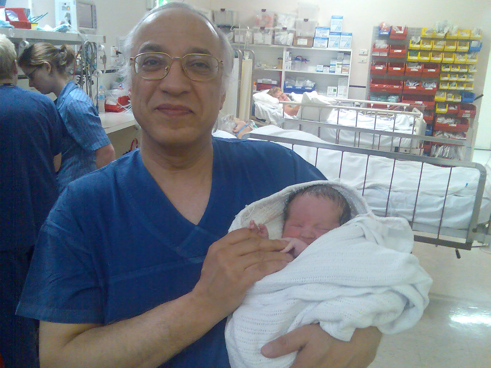 Dr Serag Youssif Obstetrician GynaecologistIVF Specialist 7